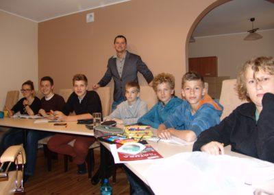 angielski nauka korepetycje tlumacz język szkoła Złotów Lipka dziecko niemiecki matematyka kursy
