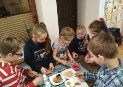 nauka język angielski niemiecki korepetycje zajęcia kurs tablety nowoczesna szkoła angoal cooking dzieci