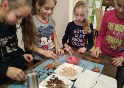nauka język angielski niemiecki korepetycje zajęcia kurs tablety nowoczesna szkoła angoal cooking zajęcia dzieci school