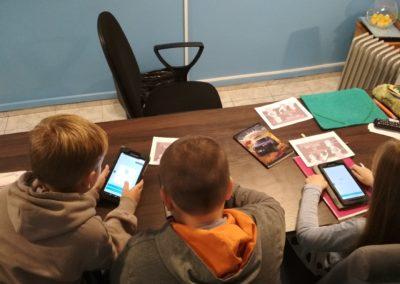 angielski zajęcia szkoła korepetycje Złotów Lipka tłumacz przysięgly innowacje tablety